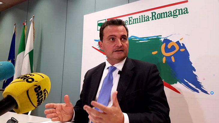 Coronavirus, sarà a Imola uno dei presidi di medicina avanzata per filtrare l'accesso al Ps. Rinviata a domattina la decisione sulle scuole
