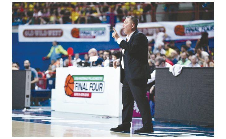 Basket A2, il coach castellano Stefano Salieri e un'Andrea Costa che boccheggia «Il riposo la può aiutare»