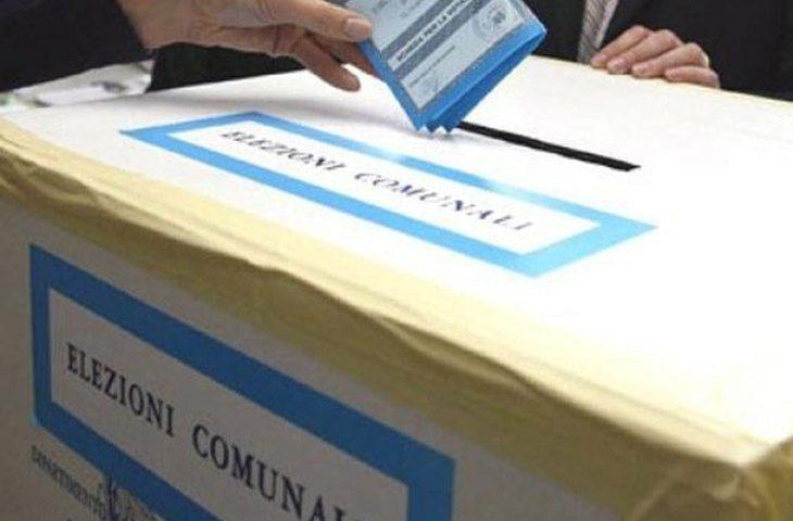Coronavirus: salta il referendum sul taglio dei parlamentari. Ipotesi amministrative in autunno