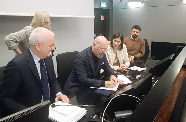 Emergenza coronavirus, Regione e sindacati firmano un Patto per il lavoro