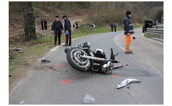 Motociclista 51enne perde la vita sulla Montanara