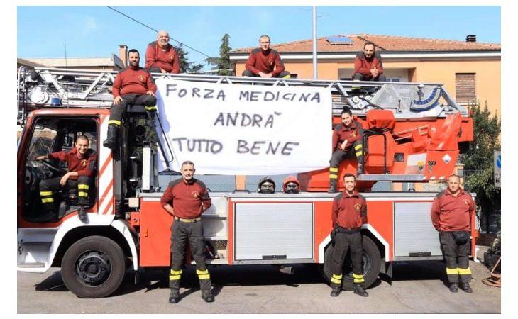 Coronavirus, il prezioso lavoro dei vigili del fuoco volontari di Medicina: «Morale alto al servizio della città»