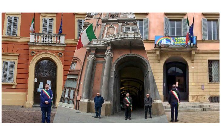 Coronavirus, l'omaggio dei comuni di Imola, Ozzano e Castel San Pietro per le vittime