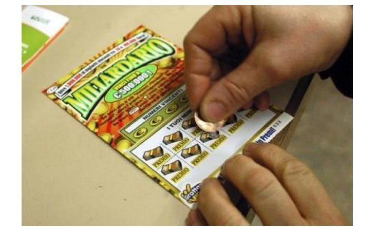 Coronavirus, a Imola prorogate fino al 13 aprile le ordinanze su sosta gratis e divieto di giochi con vincite in denaro