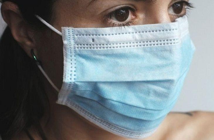 A Ozzano obbligo di mascherina in tutti gli spazi chiusi, se in presenza di altre persone