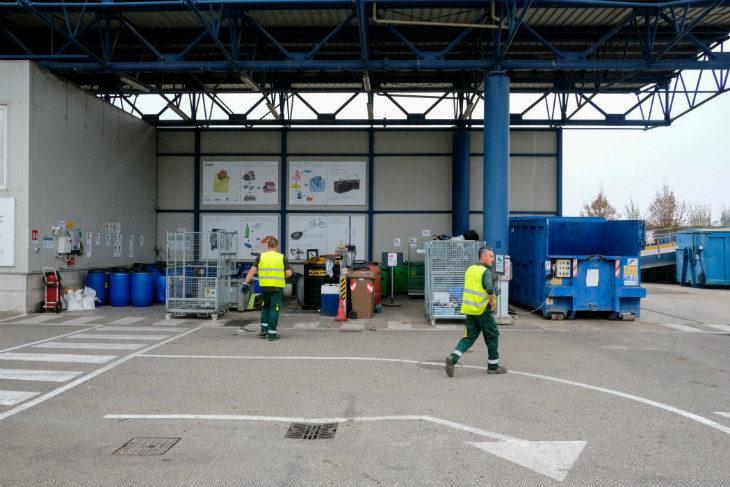 Da lunedì 27 aprile torna a regime il servizio di ritiro a domicilio dei rifiuti ingombranti, stazioni ecologiche aperte dal 4 maggio