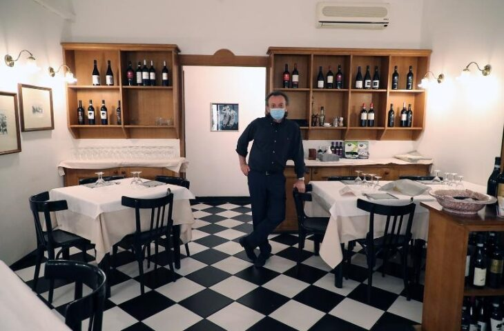 Le scelte dei ristoratori, tra chi riapre e chi aspetta
