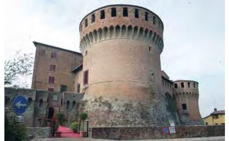 La Rocca di Dozza riapre sabato 30 maggio con la mostra di tele dell'artista Aldo Galgano