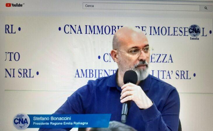 """Il presidente della Regione Bonaccini e le forze dell'ordine ringraziano i medicinesi: «La """"zona rossa"""" ha salvato l'intera città metropolitana»"""