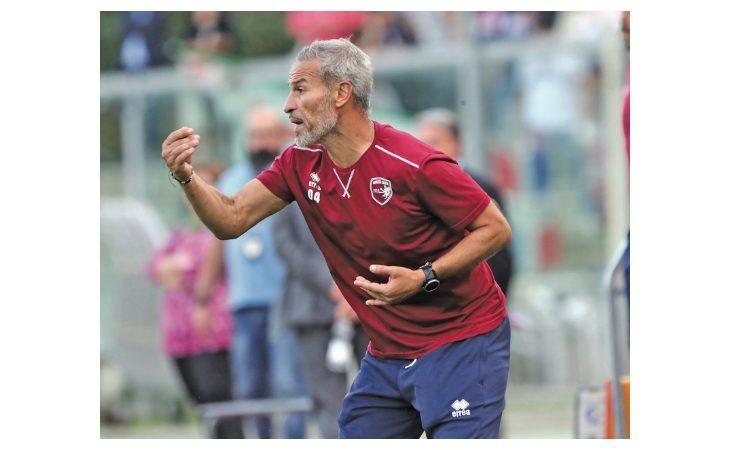 Calcio serie C, esonerato il tecnico dell'Imolese Gianluca Atzori