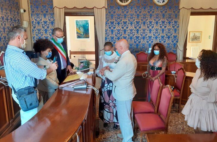 Venerdì scorso il primo matrimonio della fase 2 a Castel San Pietro