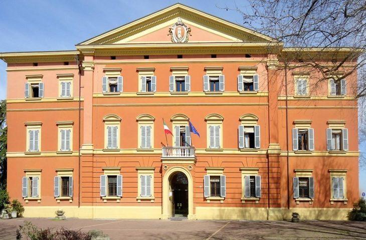 Il Comune di Ozzano sostiene il commercio con 80.000 euro di contributi per protezioni e sanificazione