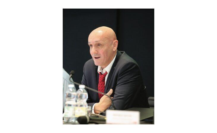 Il presidente della Sacmi Paolo Mongardi alla guida di Acimac