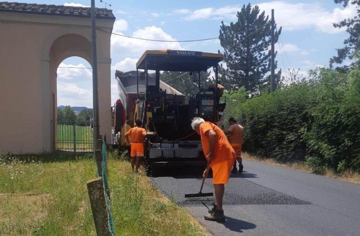 Partito il nuovo programma di asfaltature a Castel San Pietro. Investimento di 415mila euro
