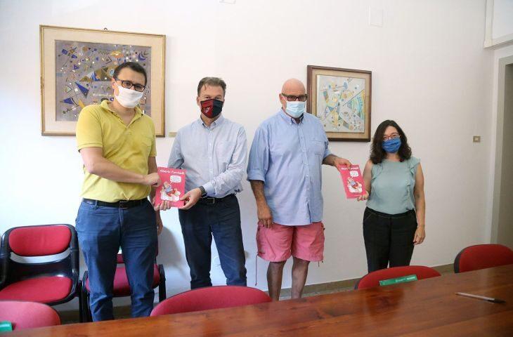 Alberto Forchielli e Bacchilega editore devolvono i diritti d'autore del libro sul lockdown all'Azienda usl di Imola