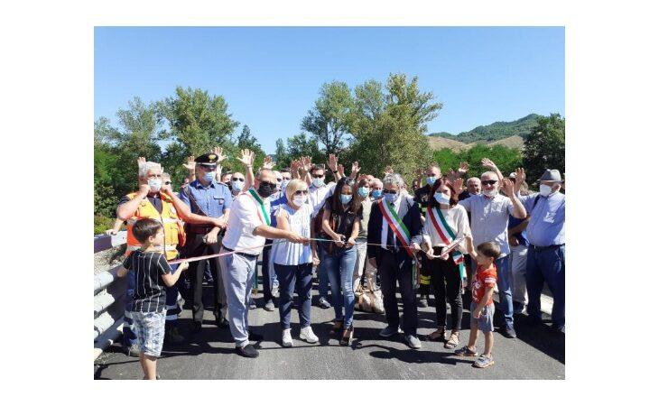 Inaugurato il ponte di via Mingardona che unisce i comuni di Castello, Monterenzio e Casalfiumanese