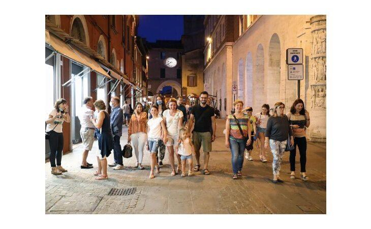 Imola si prepara alla «Notte bianca» dei saldi in centro storico