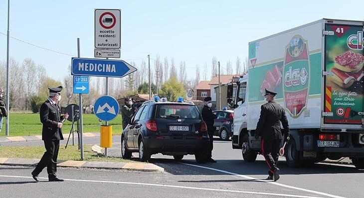 """Coronavirus, Bonaccini: """"Nel Decreto Agosto c'è la copertura per i lavoratori della zona rossa di Medicina'"""