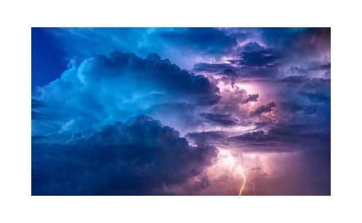 Allerta meteo domani per temporali e piene dei corsi d'acqua minori