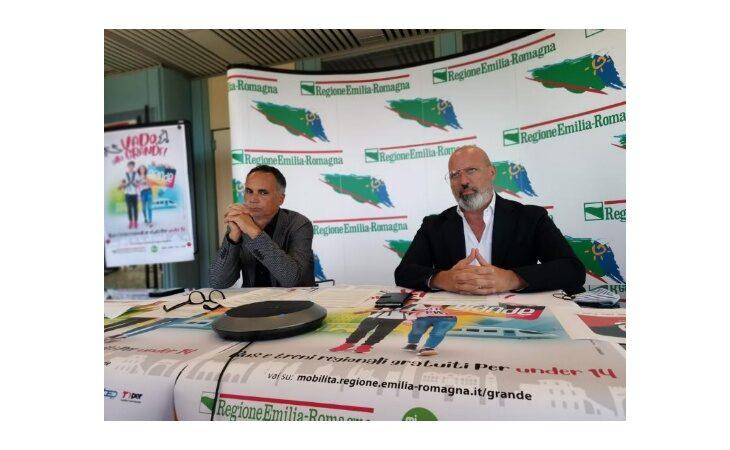 Abbonamento riservato agli under 14 dell'Emilia-Romagna per viaggiare gratuitamente su bus, treni regionali e mezzi pubblici
