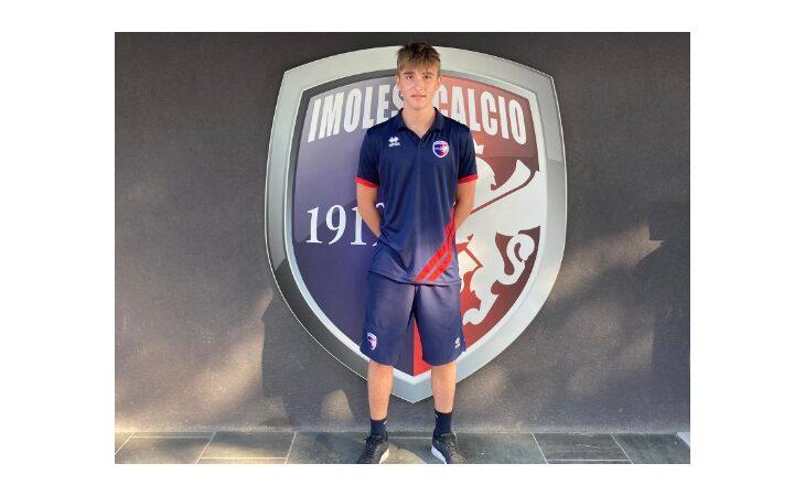 Calcio serie C, Matteo Angeli ha scelto l'Imolese per la sua prima esperienza tra i «grandi»