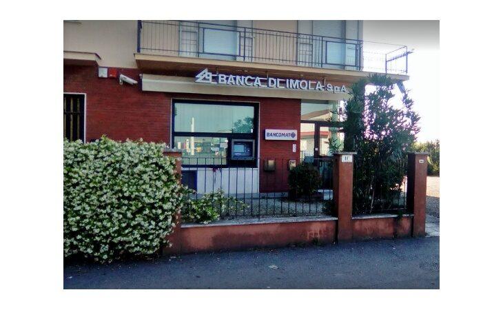 La Banca di Imola al più presto riaprirà la filiale di Spazzate Sassatelli danneggiata dopo l'esplosione
