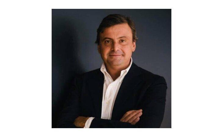 Il leader di Azione Carlo Calenda a Imola per presentare il suo ultimo libro «I mostri»