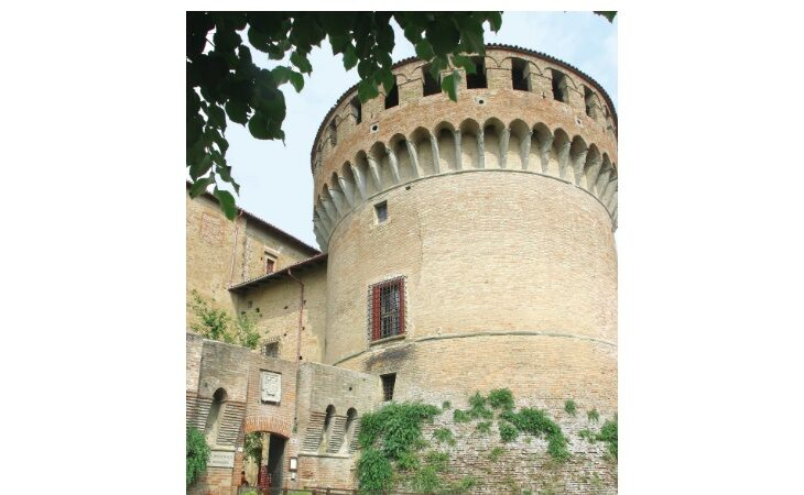 Lavori sui beccatelli della Rocca di Dozza, torre maggiore chiusa per tre mesi