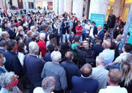 """#Imola2020, il presidente Bonaccini alla festa per il neo sindaco Panieri: """"Imola, Faenza e Vignola: ne governavamo uno e ne vinciamo tre al primo turno'"""