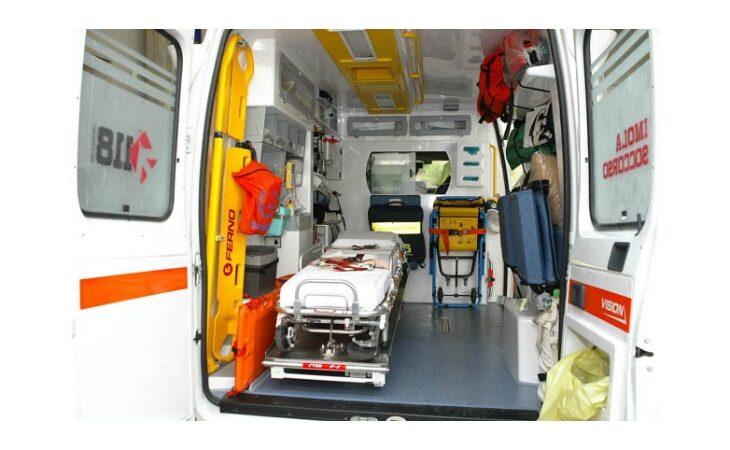 Incidente sul lavoro sulla superstrada Ferrara-Porto Garibaldi, muore operaio di Ozzano
