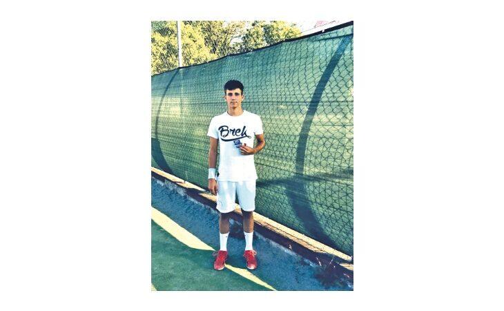 Tennis, l'imolese Enrico Baldisserri è tricolore U16 in doppio: «Mi ispiro a Sinner»