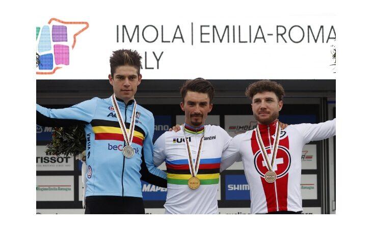 Mondiali di ciclismo «Imola 2020», trionfo del francese Julian Alaphilippe. 10° Damiano Caruso