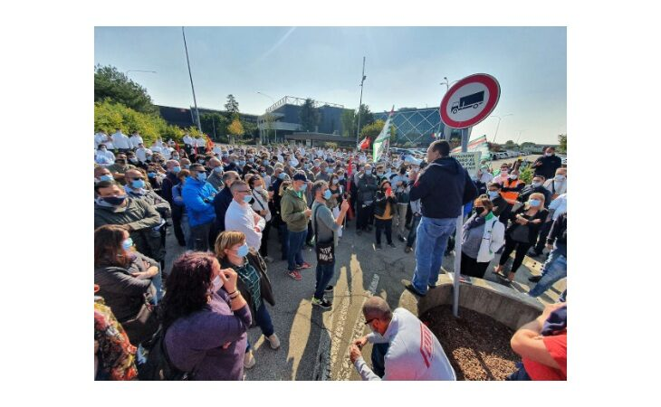 Cefla incontra i sindacati, tutelerà tutti i posti di lavoro e la produzione resterà a Imola