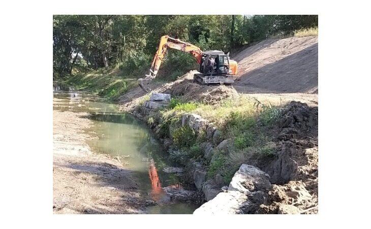 Consolidamento dell'argine del torrente Sillaro eroso dalle abbondanti piogge del febbraio 2019