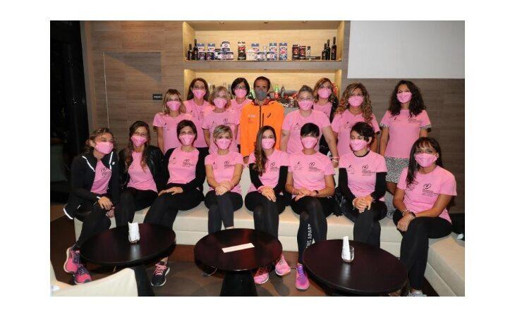 Anche «sabato sera« alla sfilata delle Pink Ambassador per la ricerca contro i tumori
