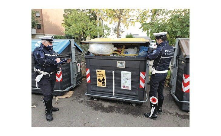 A Castel San Pietro già multati 61 «furbetti» dei rifiuti