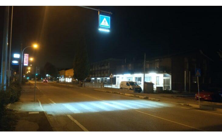 A Castello in via della Repubblica strisce pedonali illuminate a led per gli abitanti del Borghetto