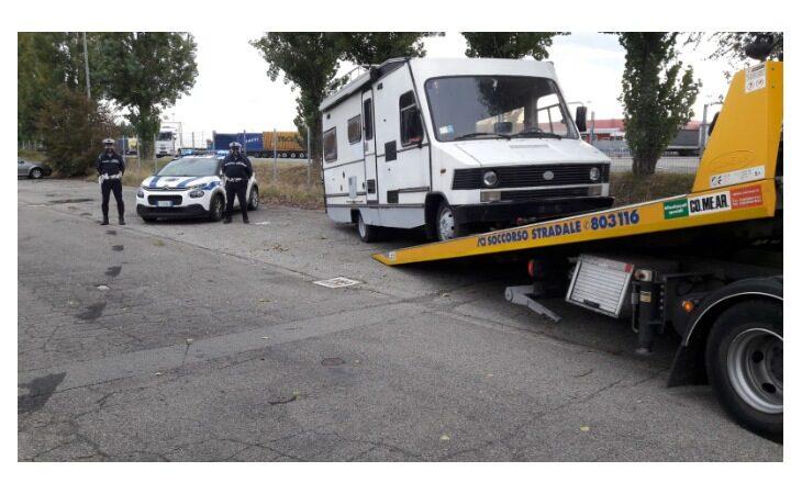 A Castel San Pietro è lotta ai veicoli abbandonati in strada