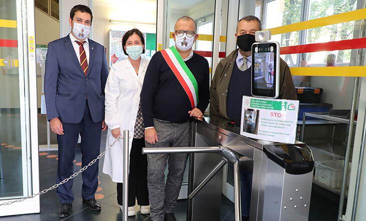 Il gruppo Robopac dona un tornello tecnologico alla Casa della salute di Castel San Pietro