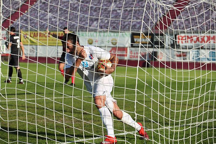 Calcio serie C: finisce 1 a 1 tra Imolese e Samb, futuro e passato tra Juve, Milan e Samp