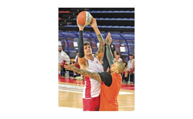 Basket serie B Supercoppa, non c'è due senza tre per l'Andrea Costa che vola agli ottavi