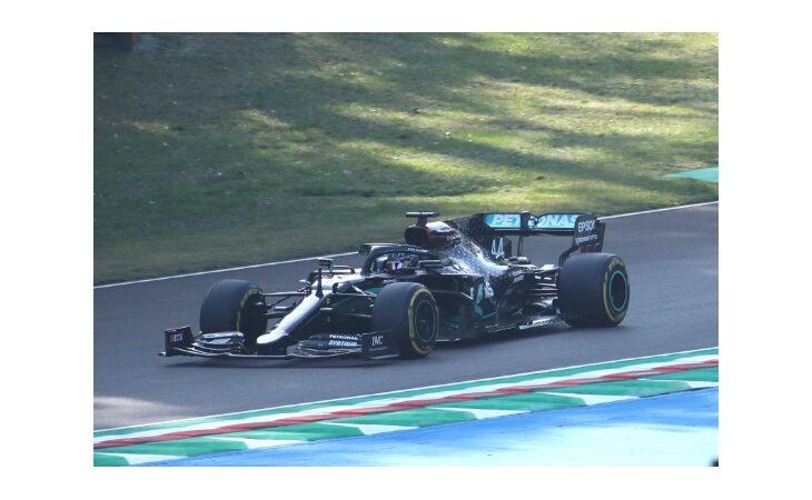 F.1, Lewis Hamilton è il re di Imola. 2° Valtteri Bottas, 3° Daniel Ricciardo