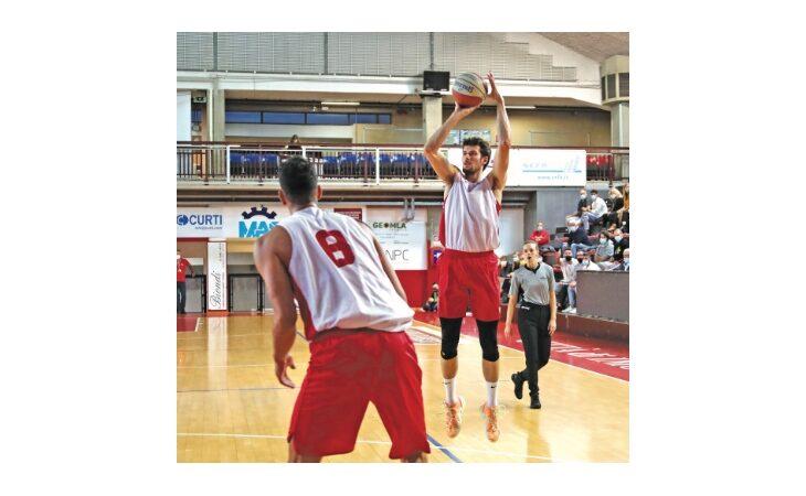 Basket serie B Supercoppa, l'Andrea Costa sbanca Ancona e si qualifica alle Final Eight