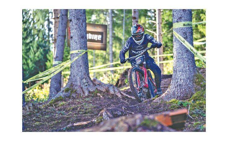 Mountain bike downhill, la crescita del 17enne Filippo Rossi