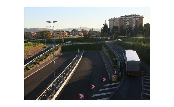 L'assessore Raffini e i lavori pubblici: «Entro il 2021 realizzare le due rotonde della Bretella»