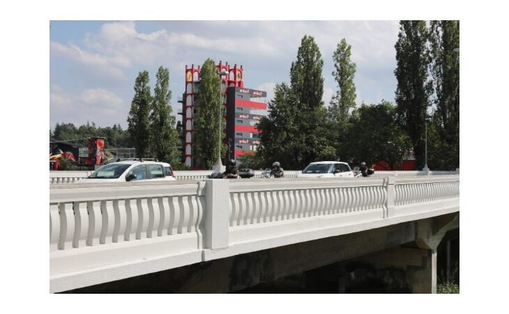A Imola terminati i lavori sul ponte di viale Dante, polizia locale istituisce la «Zona 30»