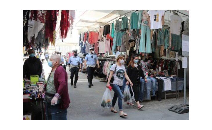 Coronavirus, a Imola da domani via libera in sicurezza al mercato ambulante trisettimanale