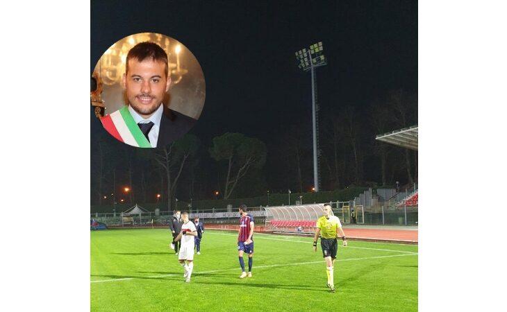 Caos torri faro al Romeo Galli, il sindaco Panieri: «Sostegno all'Imolese, ma rispedisco al mittente le accuse del presidente Spagnoli»