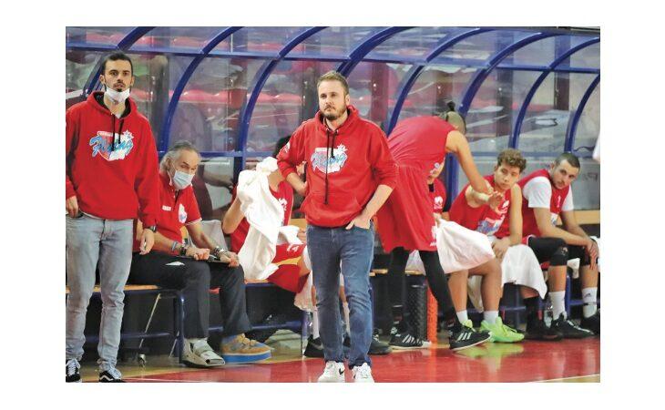 Basket serie B, la Sinermatic Ozzano chiude l'anno con una vittoria