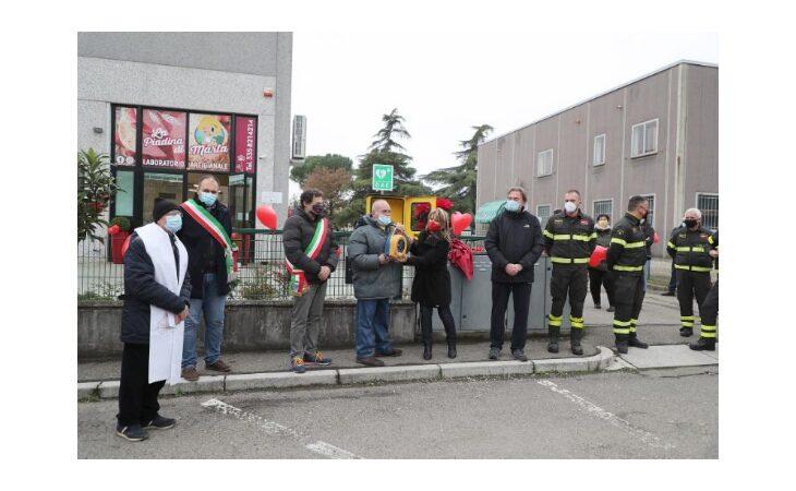 Un anno dopo l'infarto dona un defibrillatore alla comunità di Borgo Tossignano